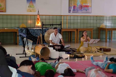 sesión de cuencos tibetanos